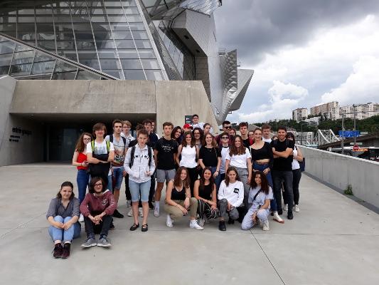 Les premières S6 visitent l'observatoire de Lyon et le musée des Confluences