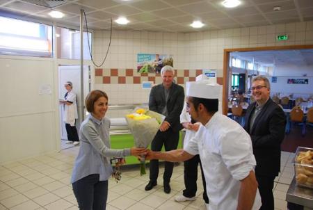« Fouad » réfugié syrien, régale les professeurs et les lycéens du Lycéee Pontus de Tyard à Chalon-sur-Saône