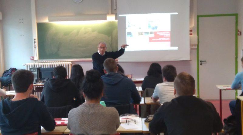 Présentation de l'école de management de Strasbourg aux élèves d'ECS